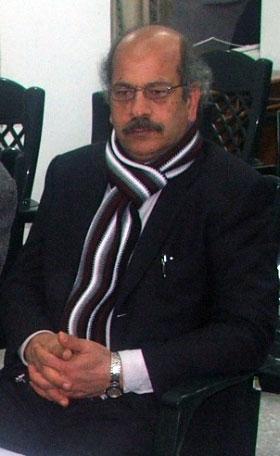 محمد أسليـم: موقع الأديب والناقد الفلسطيني زكي العيلة www.zakiaila.net