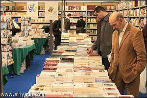 م. أسليـم: الرقمية وإعادة تشكيل الحقل الأدبي [نسخة مؤقتة]